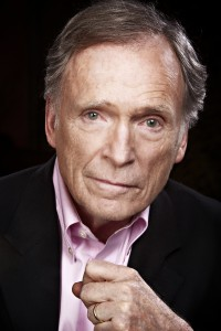Dick Cavett (Photo by Oscar A. Zagal)