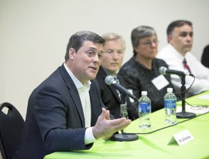 NHL Hall of Famer Pat LaFontaine shared his experience with concussions when he played hockey.