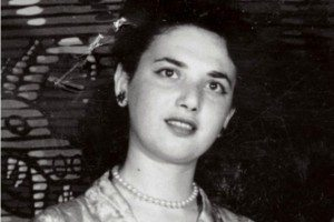 Alexa Ray Joel's late grandmother Rosalind recently had a scholarship named in her honor by City College Center for the Arts