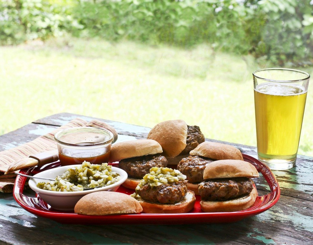 Cheddar Bacon Sliders with Angry Orchard Barbecue Sauce and Charred Jalapeno Relish (Picture courtesy of Sharp Communications, Inc.)