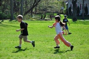 Many unstructured summer games involve kids chasing each other around (LeeLilly/flickr)