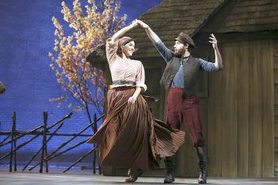 Samantha Massell as Hodel dances with Ben Rappaport, who plays Perchik.
