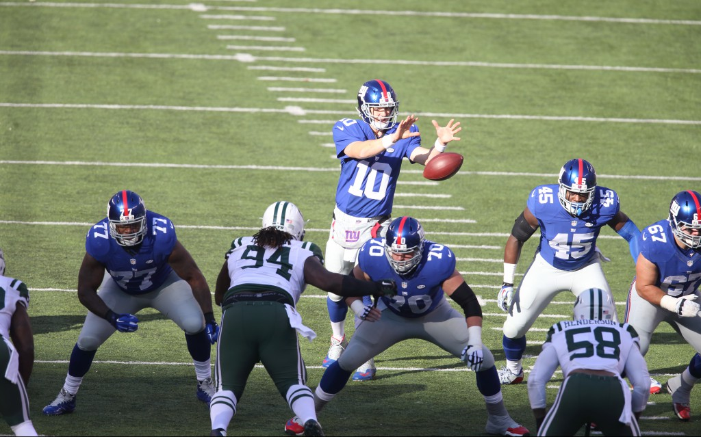Will Tye (45) has become a better blocker since being promoted from the Giants' practice squad. (AP Images)
