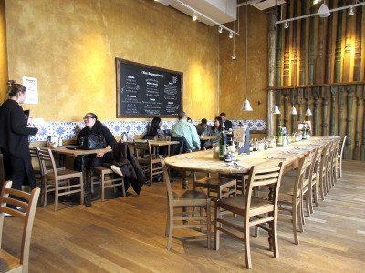 Restaurant interior (Photos by Lyn Dobrin)