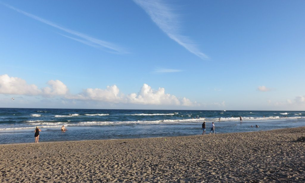 Countless miles of beautiful beaches line the scenic A1A highway, which runs along the Atlantic Ocean all the way from Key West at the southern tip of Florida to just south of Georgia on Amelia Island.