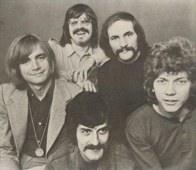 Moody Blues circa 1969 from left: Justin Hayward, Ray Thomas (front), Graeme Edge (standing), Mike Pinder, John Lodge