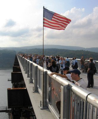 Walkway_over_the_Hudson_opening_day