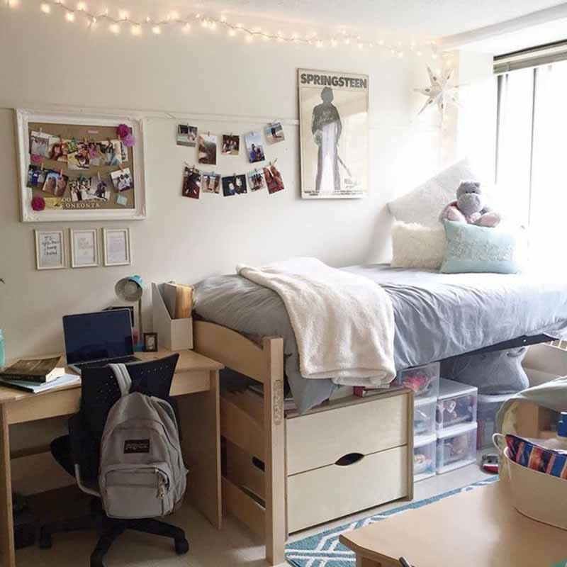 College Dorm Room Organizing