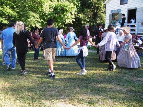 Contra dancing Long Island Fair Gallery Photo by Kimberly Dijkstra