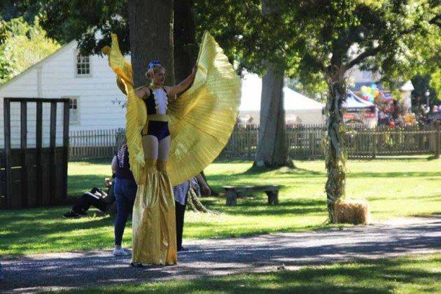 Fair performer Long Island Fair Gallery Photo by Kimberly Dijkstra