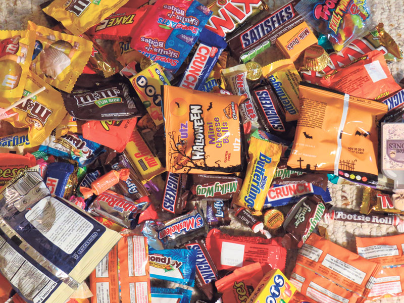 oral health tips for post-Halloween trick-or-treaters