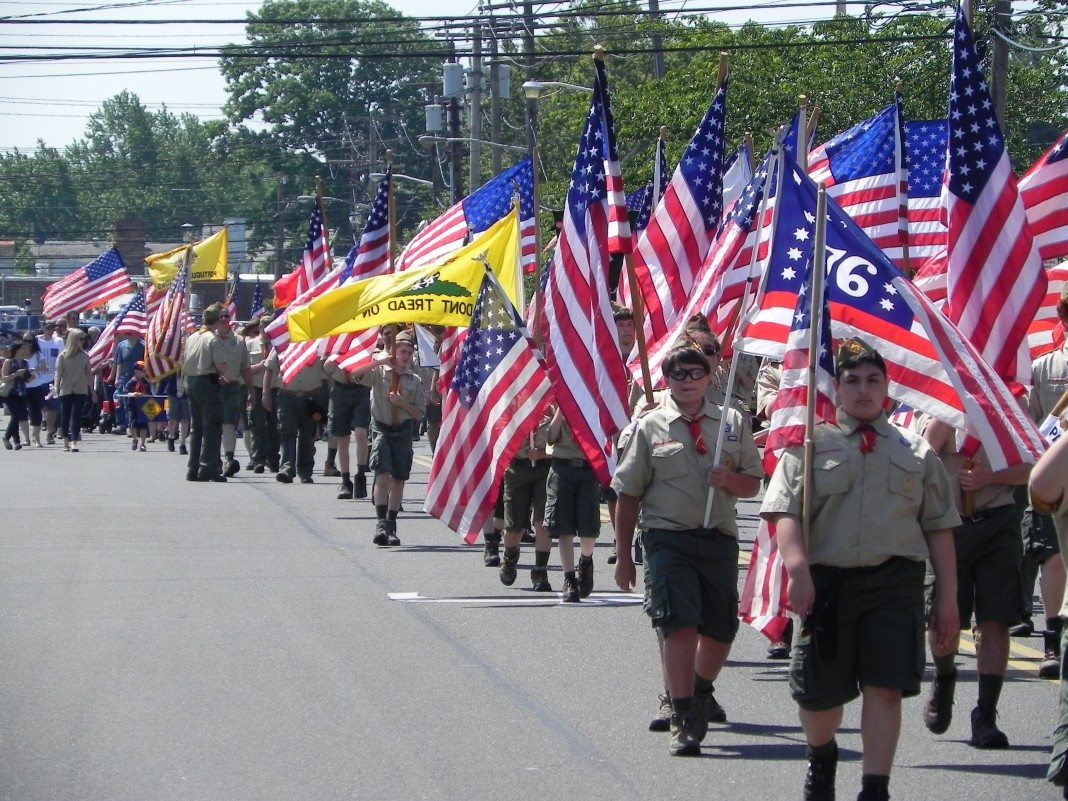 Memorial Day Parades Around Long Island - Long Island Weekly