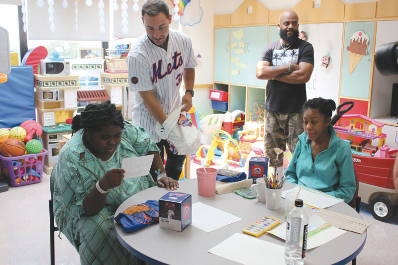 Mets Star Michael Conforto Visits Pediatric Cancer Patients At NYU